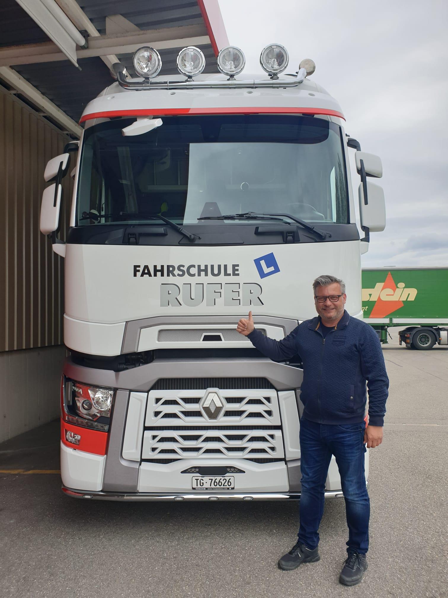 Lastwagenprüfung bestanden